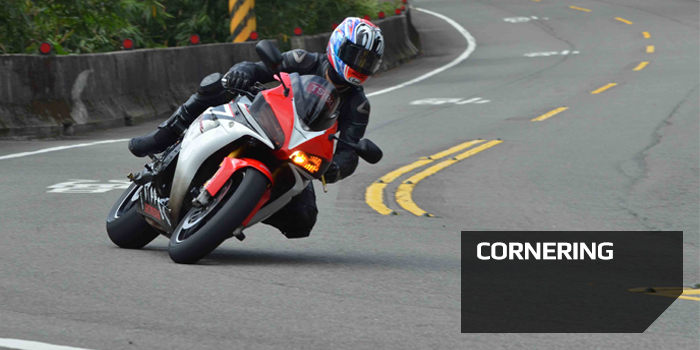 Motorcycle Cornering slow in fast out